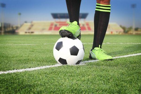colonies de vacances SEJOUR FOOTBALL LES FOUS DU BALLON 8 jours - Drôme - 12-16 ans